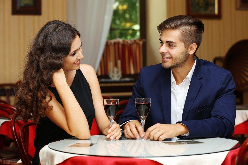 flirting on a date